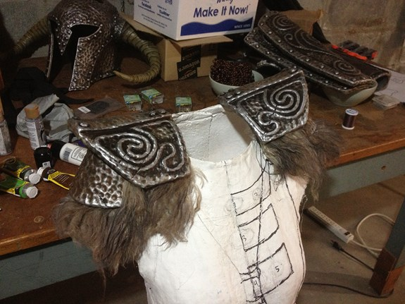 Draugr Shoulder Fur