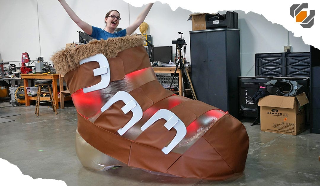 Giant Inflatable Shoe! – DotA 2 Power Treads Cosplay